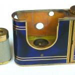 Kunik Petie vanity bleu :gold 5