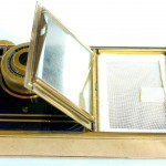 Kunik Petie vanity bleu :gold 8